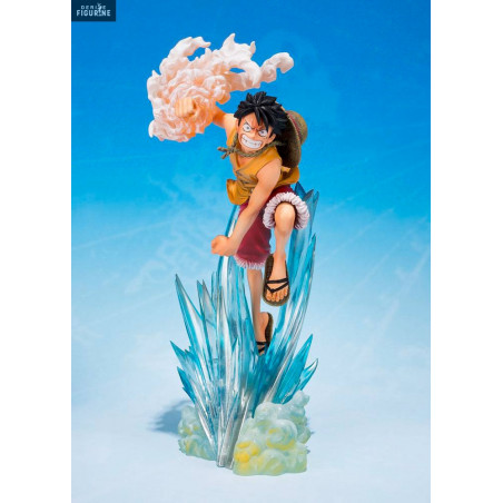 ONE PIECE Brother/'s Bond Monkey D Luffy PVC Figure Collection Gift in Box