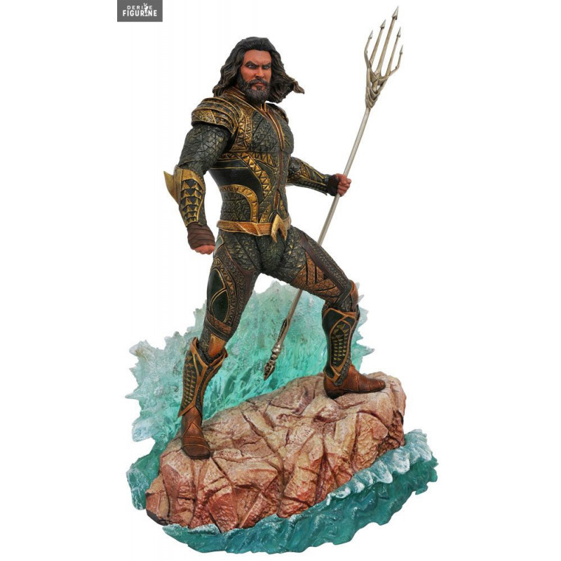 Картинки по запросу DC Comics PVC Gallery Statues - Justice League Movie - Aquaman